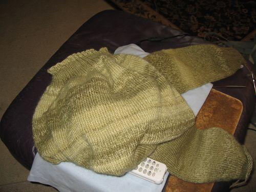 SweaterThatDoesn'tWantToBe 011
