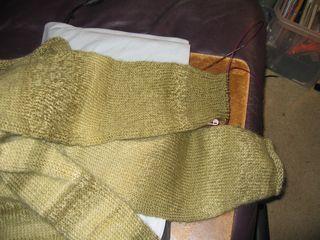 SweaterThatDoesn'tWantToBe 013